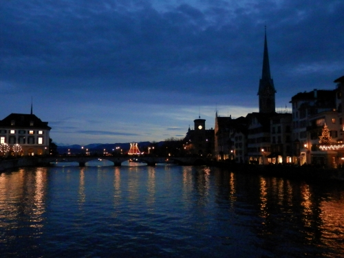 noc w Zurychu prawie tak gwiaździsta jak u van Gogha